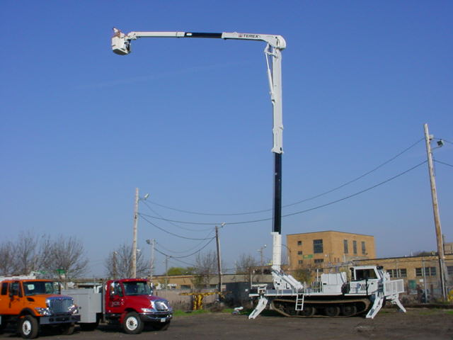 TEREX TM105 ON A TRACK.JPG